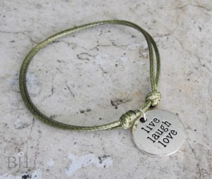 Bransoletka Charms LIVE LAUGH LOVE Rzemyk Khaki